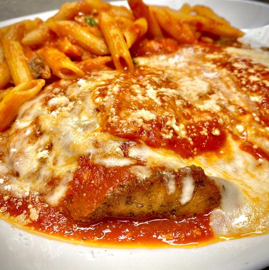 Chicken Parmesan Entree.jpeg