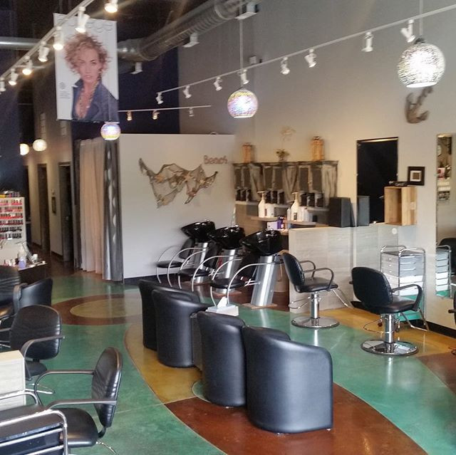 Strada Salon in Crystal Lake is looking for stylists with following and nail technician .High commission and no product charge .jpg