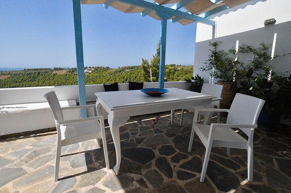 Al - Fresco Dining Area