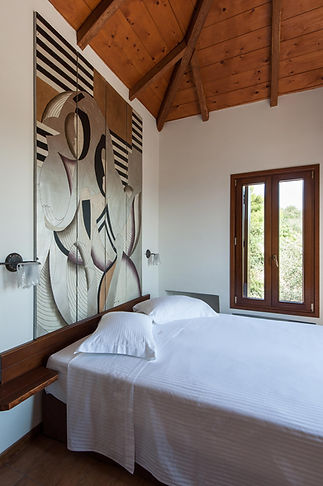 2.villa-Thalassa-second-bedroom.jpg