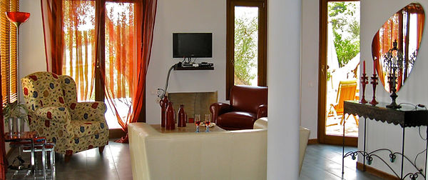 8.villa-elia-living-room.jpg