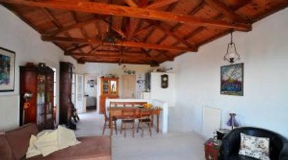 Livingroom of villa Athena.
