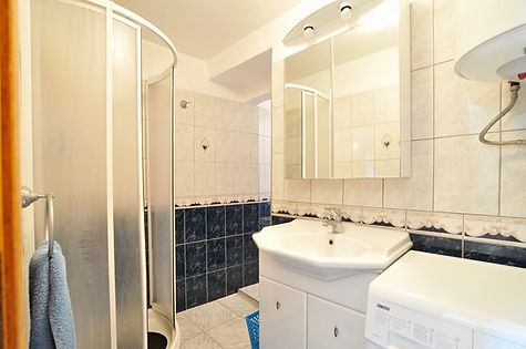 Bathroom of house for sale in Alonissos
