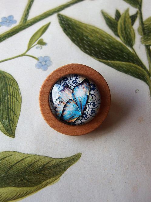 Brosche Schmetterling hellblau