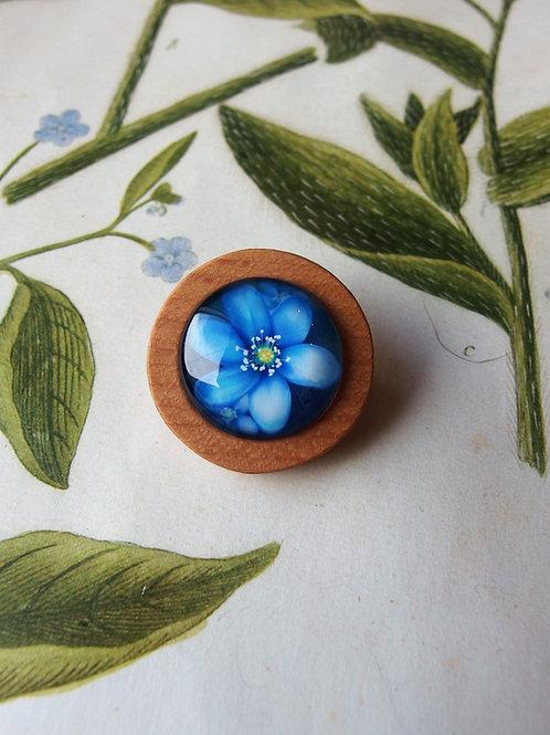 Brosche Blume blau