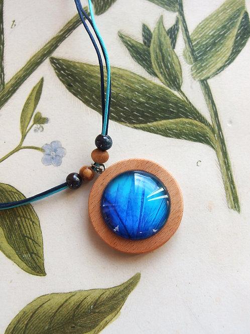 Halskette groß Schmetterlingsflügel blau