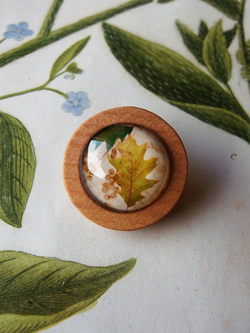 Brosche Blüten Eichenblatt