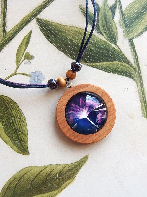 Halskette groß Blume violet