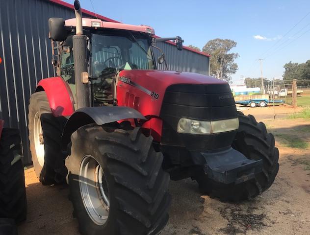 blk tractor case