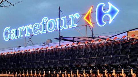 Suicide d'une employée du Carrefour de Thiers (63): la famille porte plainte