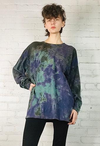 Large Pocketed long sleeve T-shirt