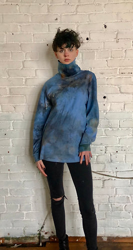 Medium /large Vintage Turtleneck