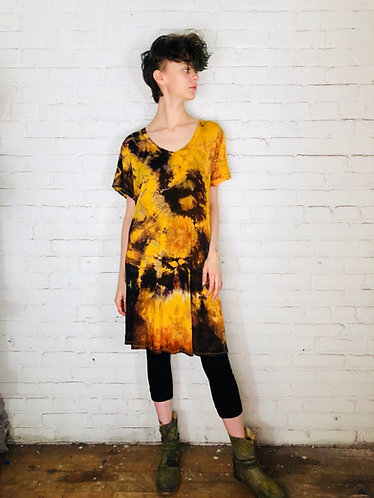 Large Short Sleeve V-Neck Dress