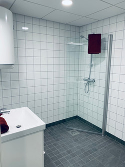 Flislagt bad med våtromsplater