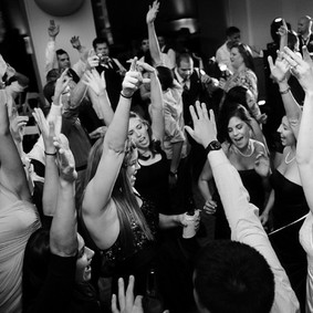 wedding-reception-music-useful-tips-for-