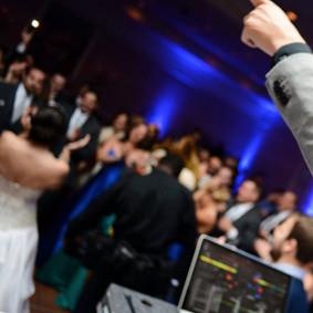 cleveland-wedding-dj-akron.jpg