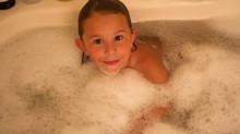 Banho, espuma e amor