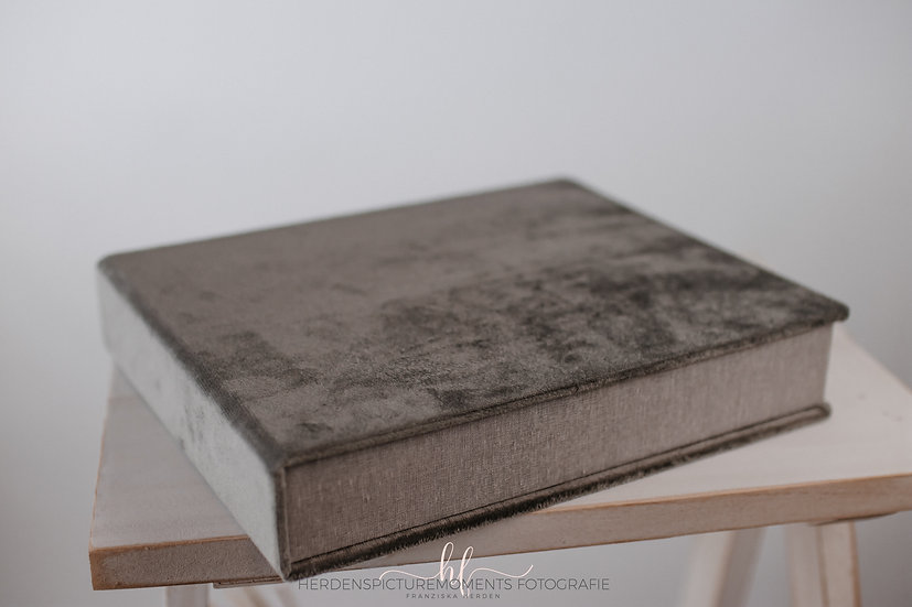 Passepartoutbox mit 5 Bildern auf Karton ohne Fenster