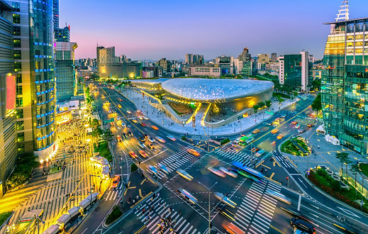 Aerial-view-of-city-Seoul-at-night,-Sout