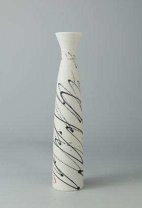 Stem vase fluted. Black scribble.