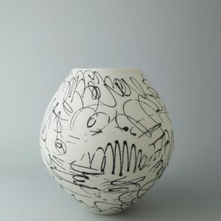 Spherical vase. Scribble