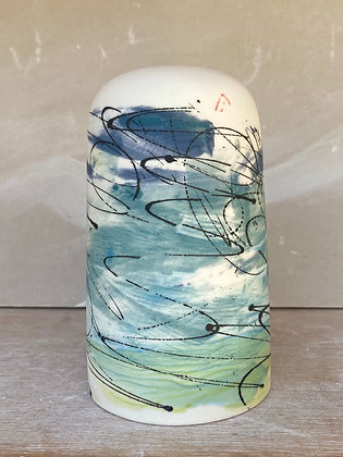 Domed vase. Surf