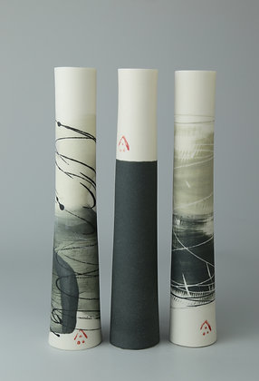 Set of three stem vases. Olives & blacks