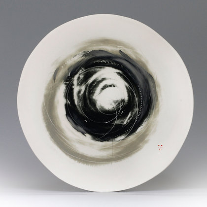 Flat platter. Olive & black