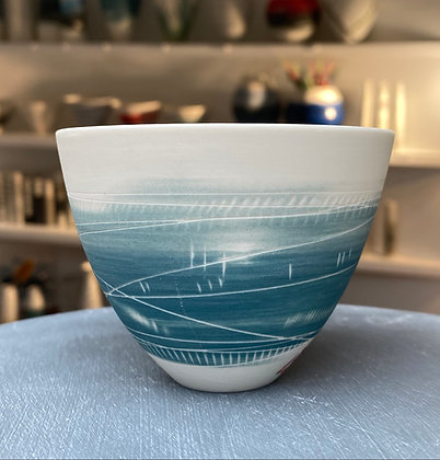 Small cup/bowl. Two teals