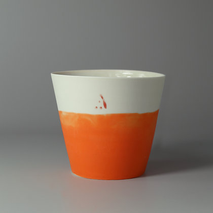 Small cup. Orange