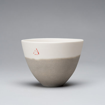 Small cup/bowl. Olive