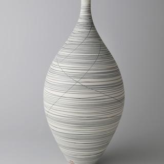 Bottle vase. Black lines.jpg