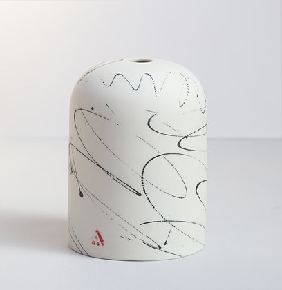 Small domed vase. Scribble