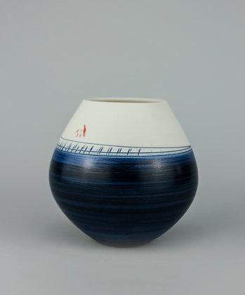 Small rounded pot. Indigo