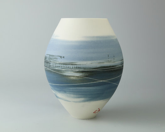 Small rounded pot. Blues landscape