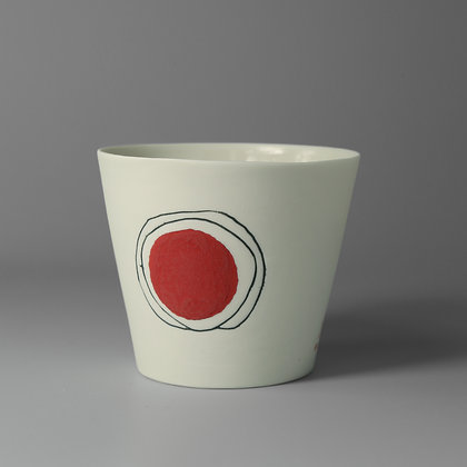 Small cup. Red dot