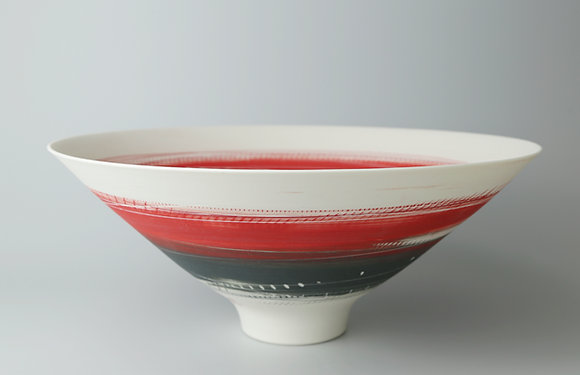 Bowl. Footed. Red & black
