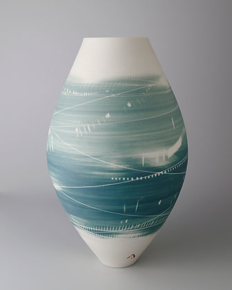 Oval vase. Two teals