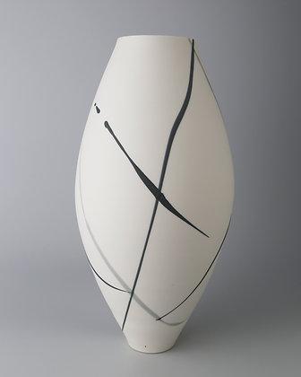 Oval vase. Grey splash