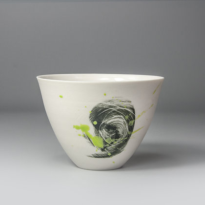 Small cup/bowl. Black smudge green splash