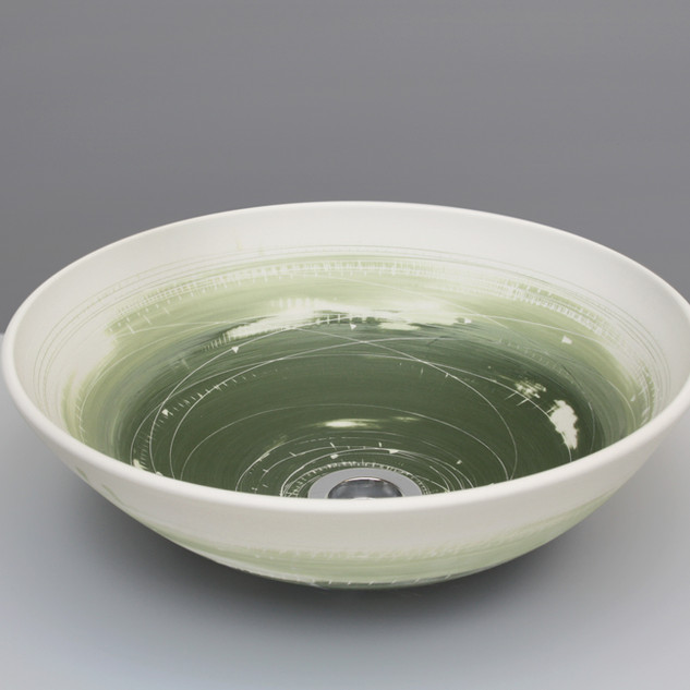 Two Greens wash basin. £650