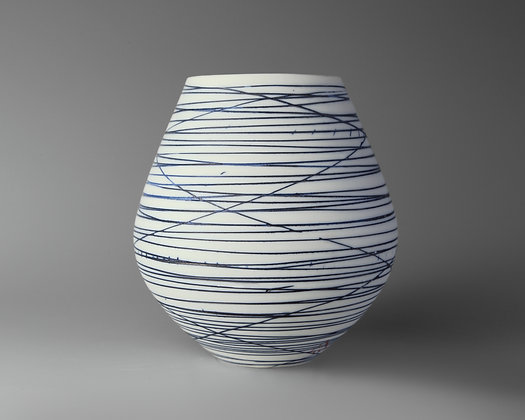 Small round pot. Blue lines