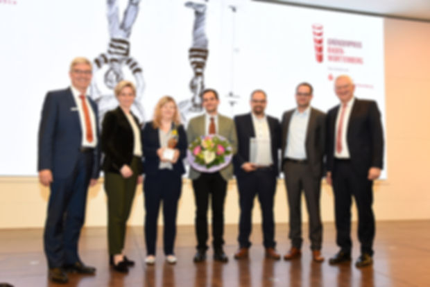 Foto Preisverleihung GP 2019 Hellstern m