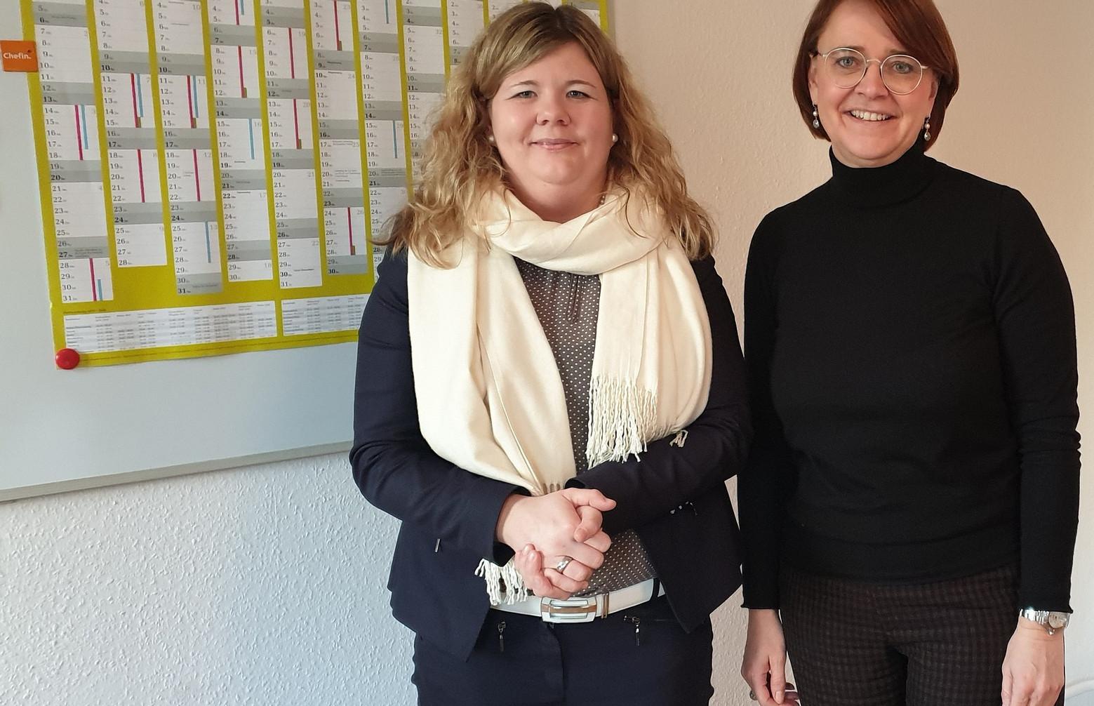 Sabrina Hellstern im Gespräch mit Bundesministerin Widmann-Mauz