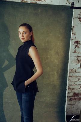 Полина Лоран, 20 лет