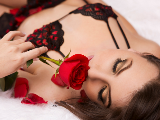Let scents create the perfect erotic ambience
