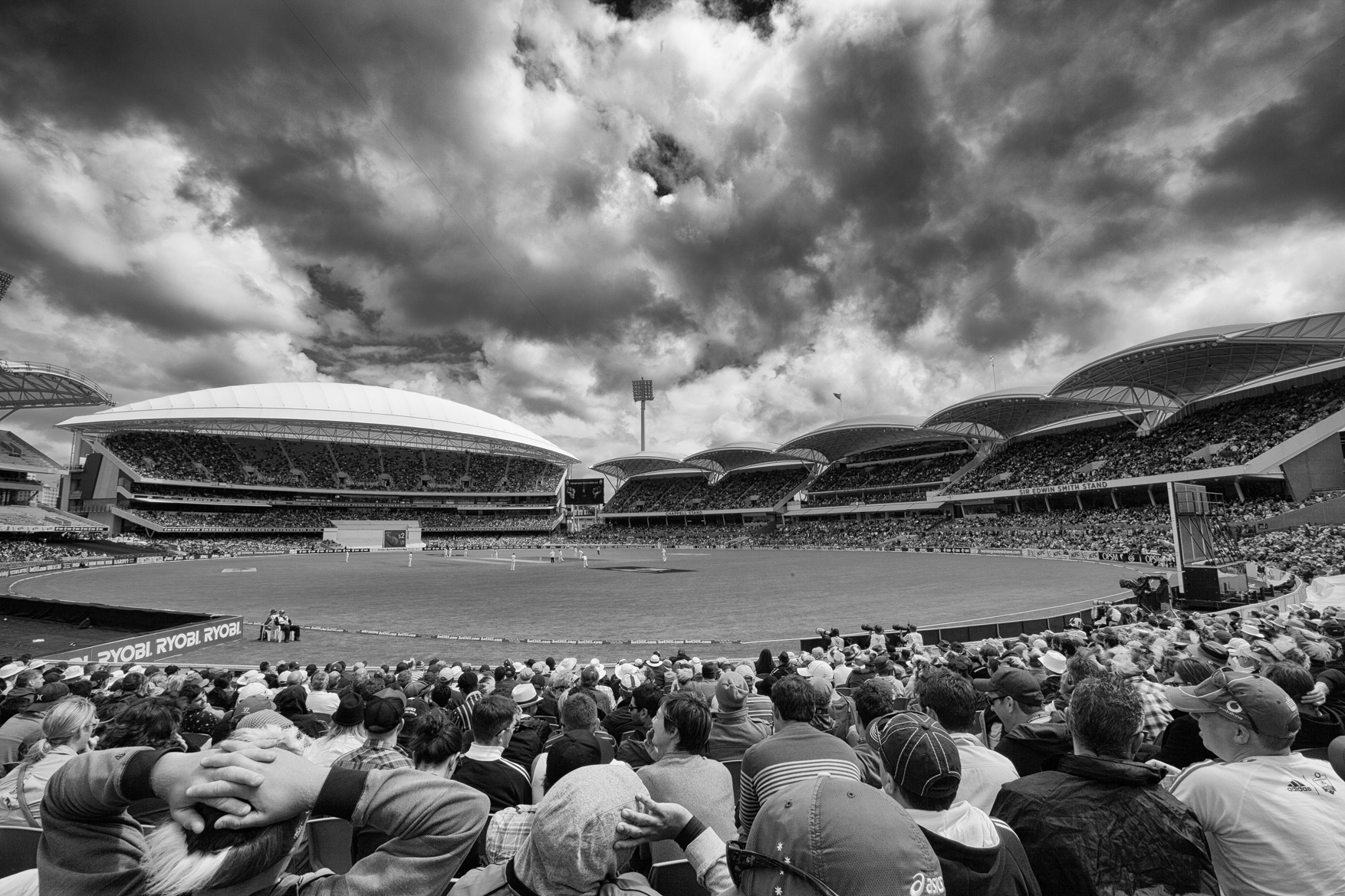 First Ashes Test at the redeveloped Adelaide Oval, 2013 | photograph by Chin Tan