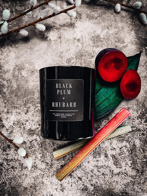 BLACK PLUM & RHUBARB WOOD WICK CANDLE