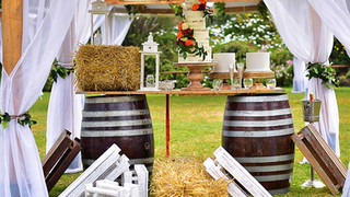 Enkishon-Gardens-Wedding-Venue-Barrels-Cake