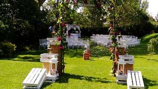 Enkishon-Gardens-Wedding-Venue-Aisle-1